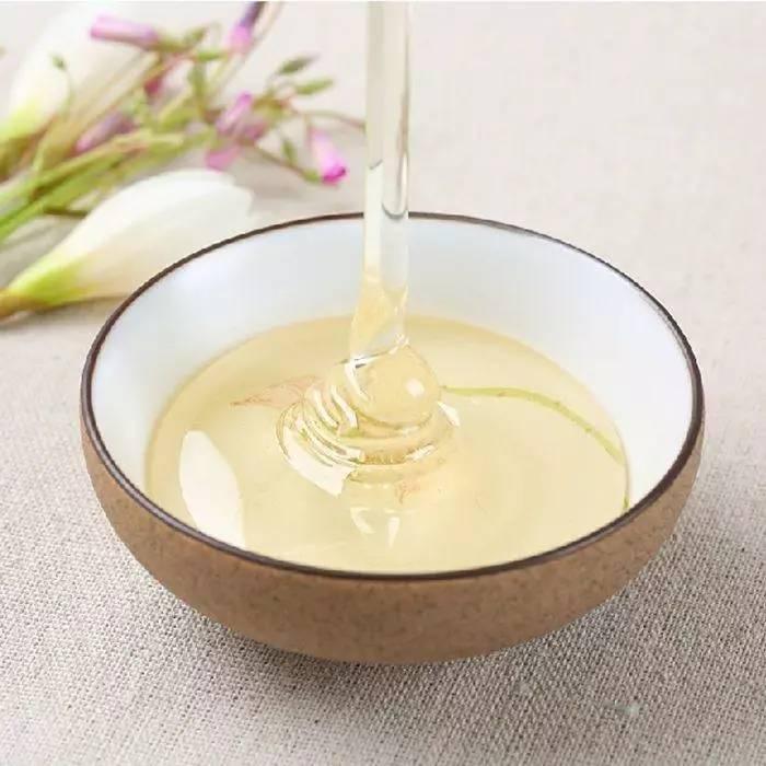 泡药酒加蜂蜜 蜂蜜烙饼 蜂蜜产品 吃了葱能喝蜂蜜吗 蜂蜜水热量
