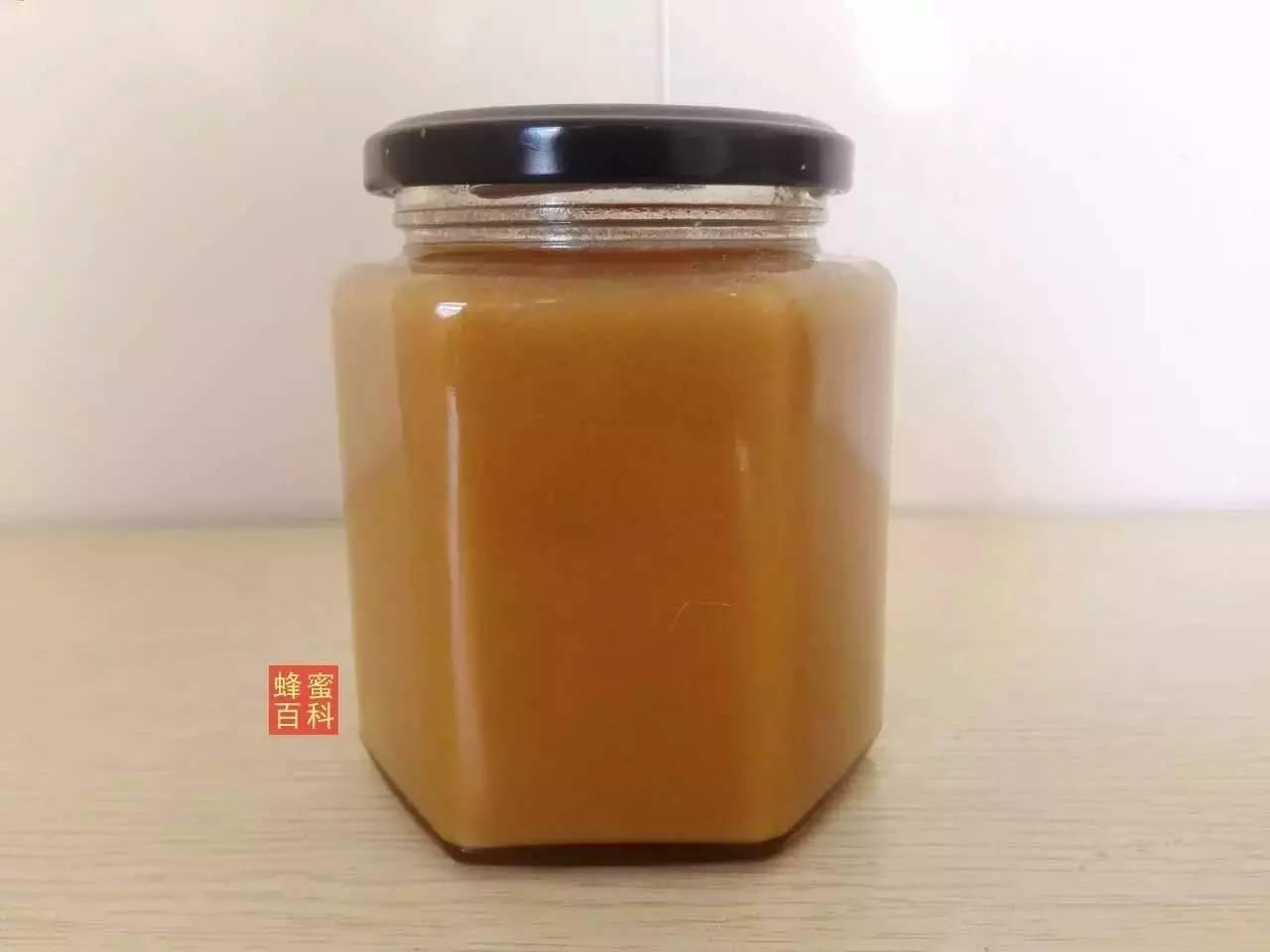 早上喝蜂蜜水还是晚上喝 枇杷蜂蜜美容 新疆烤肉加蜂蜜么 阿胶可以和蜂蜜一起吃 临沧哪里收购蜂蜜