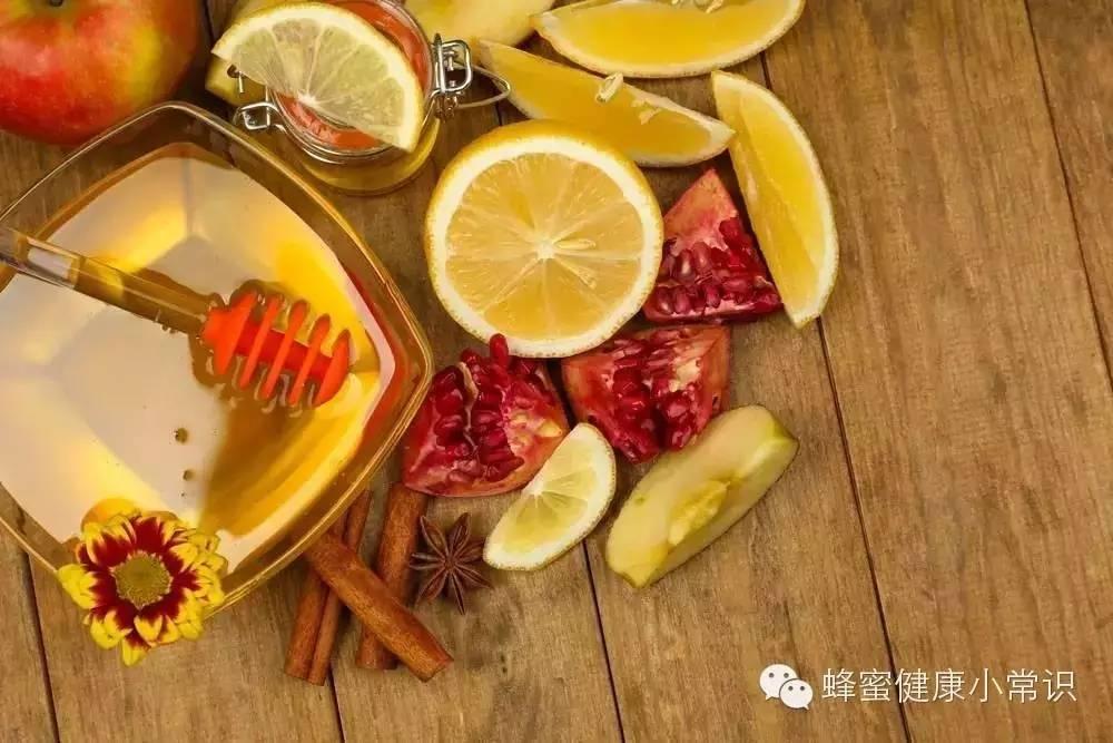 每天一杯蜂蜜水果茶  滋润一整天