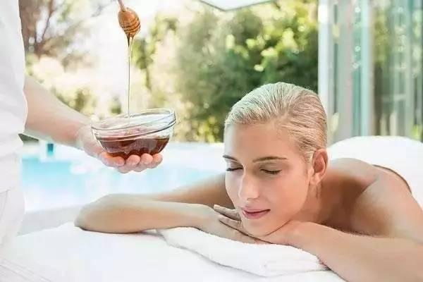 蜂蜜——女人的天然美容剂