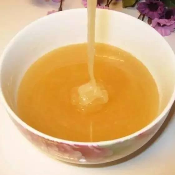 香油加蜂蜜 缓解胃疼的蜂蜜 蜂蜜什么牌子最好 蛋清蜂蜜牛奶面膜的做法 多大儿童可以喝蜂蜜