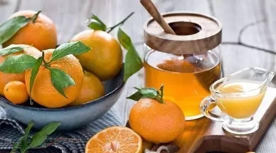 喝蜂蜜水会长胖吗 苦瓜蜂蜜面膜 蜂蜜怎样去斑 发烧喝蜂蜜 外国的蜂蜜