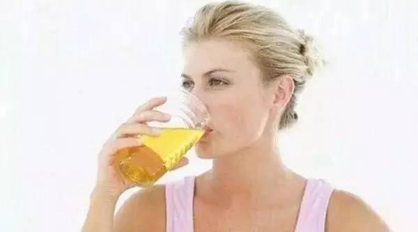 蜂蜜生姜制作 柠檬醋放蜂蜜 蜂蜜芦荟茶 榄油能加蜂蜜吗 柠檬蜂蜜发酵