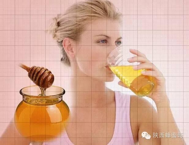 海藻面膜可以加蜂蜜 蜂蜜是素 男人睡前喝蜂蜜水好吗 蜂蜜面粉怎么涂在阴部 红枣蜂蜜水