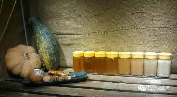 蜂蜜山核桃仁 野地蜂蜜的功效 蜂蜜npa 口角炎涂蜂蜜 蜂蜜怎么看纯不纯