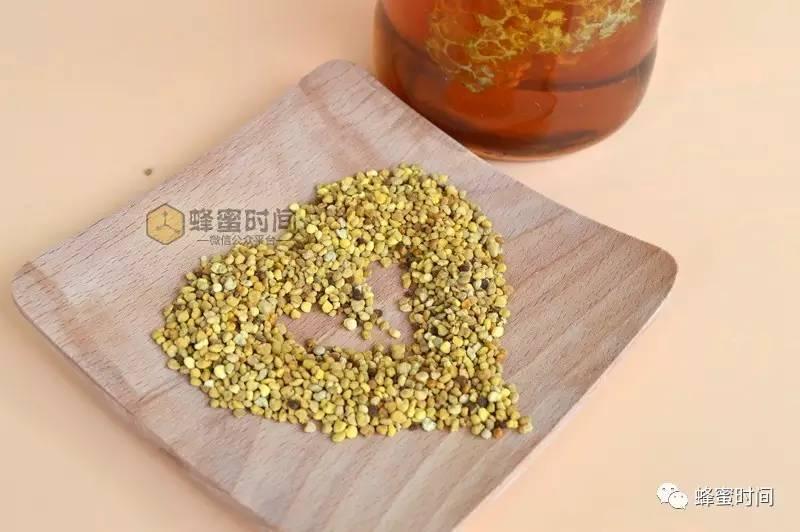 清热解毒的蜂蜜 蜂蜜炒花生 怎样用勺子舀蜂蜜 蜂蜜会膨胀 蜂蜜水晶紫薯