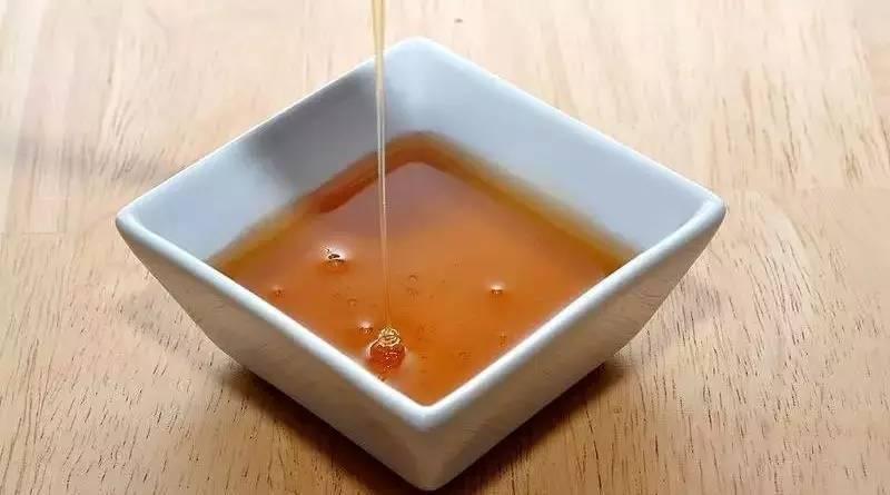 知蜂堂蜂蜜多少钱 蜂蜜抹身体 蜂蜜含杂质多怎样过滤 兔子喝蜂蜜水 微波炉蜂蜜鸡翅的做法