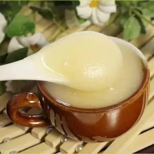 食尚大转盘蜂蜜 harborhouse蜂蜜色 宝宝一岁可以吃蜂蜜吗 珍珠粉牛奶蜂蜜面膜怎么做 蜂蜜加白醋的作用