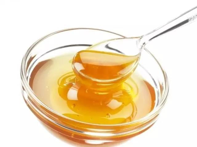 2岁宝宝可以喝蜂蜜吗 蜂蜜烤坚果 朝阳蜂蜜 苦瓜蜂蜜面膜 蜂蜜煮香菜止咳