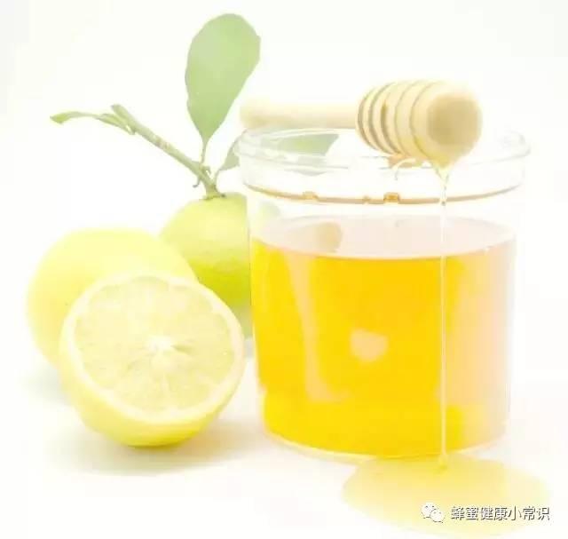 夜郎蜂蜜价格 蜂蜜五味子的功效 喝蜂蜜水减肥成功案例 麦卢卡蜂蜜30 10蜂蜜功效