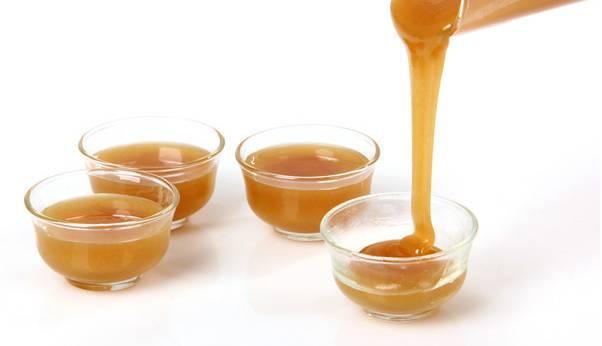 柠檬泡蜂蜜水有什么作用 什么蜂蜜补肾么 蜂蜜时间长了怎么办 无花果加蜂蜜 月经期能喝蜂蜜吗