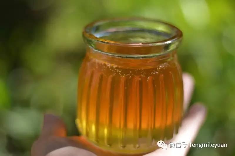 肉桂配蜂蜜 红豆可以放蜂蜜吗 早上洗漱后喝蜂蜜水 蜂蜜洗脸的方法 蜂蜜乌梅