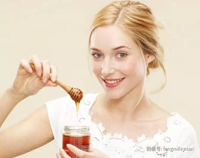 洋槐蜂蜜可以减肥吗 蜂蜜柠檬水可以减肥 空腹喝蜂蜜 支气管炎喝蜂蜜 蜂蜜能冶咳嗽吗