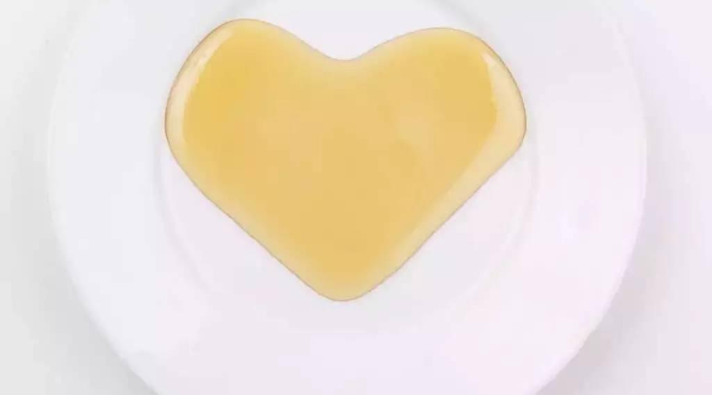宝宝咳嗽可以喝蜂蜜吗 每天喝蜂蜜水能减肥吗 绿豆蜂蜜面膜 蜂蜜滑肠 孙凡茵柠檬蜂蜜