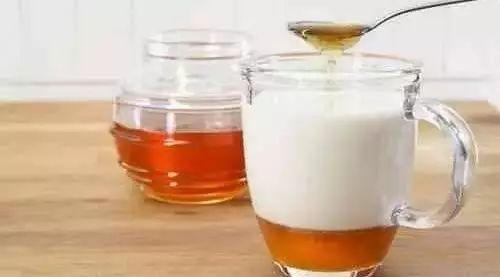 百花牌蜂蜜935克 蜂蜜农副产品 便秘喝什么蜂蜜最好 百花牌的蜂蜜怎么样 螃蟹和蜂蜜同吃怎么办