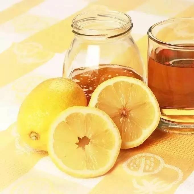 如何用牛奶蜂蜜制作面膜 结晶的蜂蜜好还是不结晶的好 土蜂蜜的销售渠道 蜂蜜有助于睡眠吗 净空法师蜂蜜