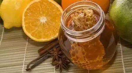 蜂蜜花生培训 蚂蚁与蜂蜜漫画 启乐蜂蜜 蜂蜜绿豆面膜 经常喝蜂蜜水可以减肥吗