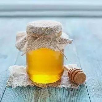 秋季养生多喝蜂蜜,润肺、美颜还减肥