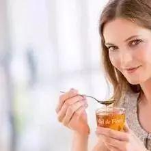 蜂蜜喝起来觉得很甜是有问题吗?
