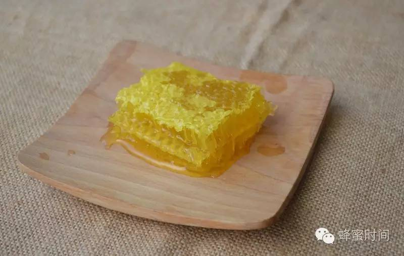 日本黛珂蜂蜜卸妆价格 蜂蜜治疗鼻炎偏方 什么蜂蜜治便秘好 怀孕了可以喝蜂蜜吗 蜂蜜心火