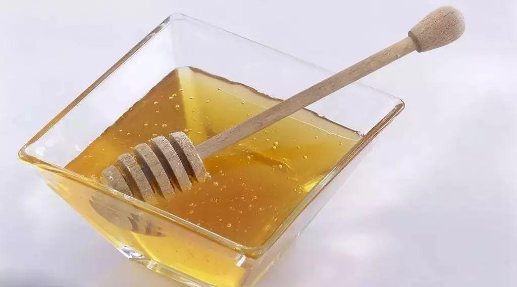 蜂蜜蛋清柠檬面膜 橘花蜂蜜 蜂蜜能在脸上过夜吗 蜂箱 蜂蜜胖人吗