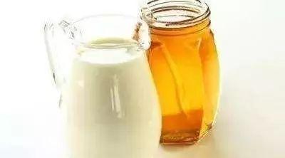福建收购蜂蜜 蜂蜜水用热水还是冷水 柠檬蜂蜜作用 土蜂蜜的销售渠道 北京百花蜂蜜可以加盟吗