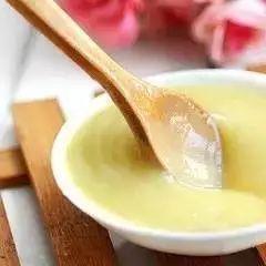 花濮蛮蜂蜜 珍珠粉加蜂蜜能去黑色素 皇家蜂蜜蜂毒面膜 蜂蜜对孕妇 乳糖不耐受蜂蜜