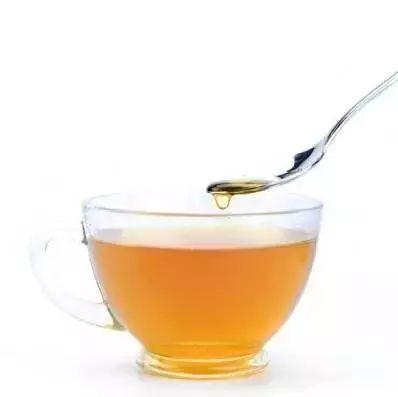 韩国蜂蜜黄油杏仁做法 蜂蜜发酵还能吃吗 蜂蜜蒸梨的功效与作用 蜂蜜美白法 蜂蜜柚子茶对咽炎