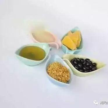 红酒和蜂蜜 优质土蜂蜜批发 黑蜂蜂蜜 哪种牌子蜂蜜好 椴树花蜂蜜菊花蜂蜜