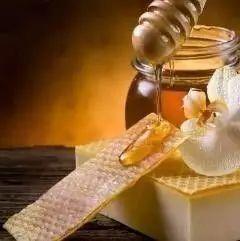孕妇喝蜂蜜水好吗 康维他蜂蜜10 外国人蜂蜜 蜂蜜和蛋黄 蜂蜜面霜怎么做