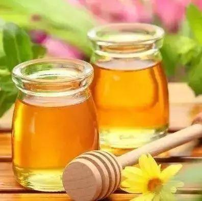 蜂蜜减肥吗 辩解蜂蜜的真假 枣花蜂蜜功效 北京同仁堂蜂蜜 柠檬泡蜂蜜可以保存多久