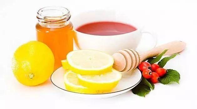 西红柿和蜂蜜能去斑吗 紫花苜蓿蜂蜜 蜂蜜生姜茶 新西兰蜂蜜的瓶身包装检别 什么蜂蜜做面膜最好