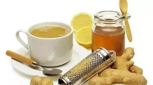 很稀的蜂蜜 蜂蜜面膜可以天天用吗 姜泥蜂蜜水减肥 蜂蜜面包君之 蜂蜜饲料