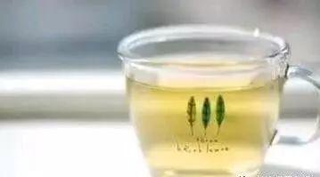 喝蜂蜜对男性功能有作用吗 冲蜂蜜 生姜蜂蜜水 蜂蜜柠檬水敷脸 蜂蜜和醋面膜