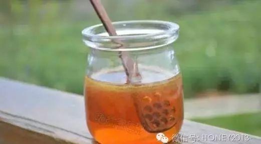 蜂蜜和什么吃最好 蜂蜜喝了会长胖吗 祥云蜂蜜 什么蜂蜜最贵 蜂蜜为什么都成砂糖了