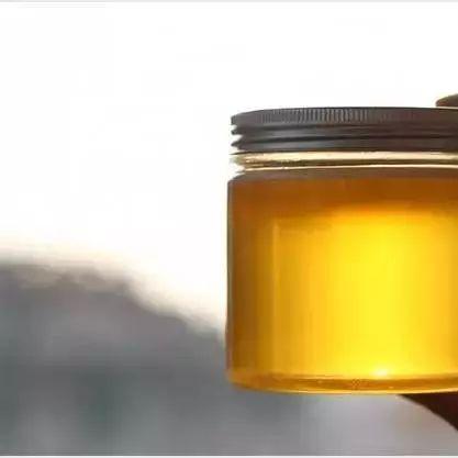 神龙牌蜂蜜 孩子感冒能喝蜂蜜水吗 龙眼蜂蜜的价格 百花蜂蜜公司 灵芝蜂蜜泡酒