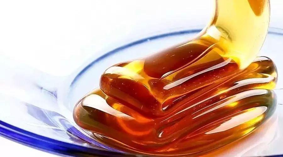 一瓶粘稠,四季不变样的蜂蜜,是好蜂蜜吗?