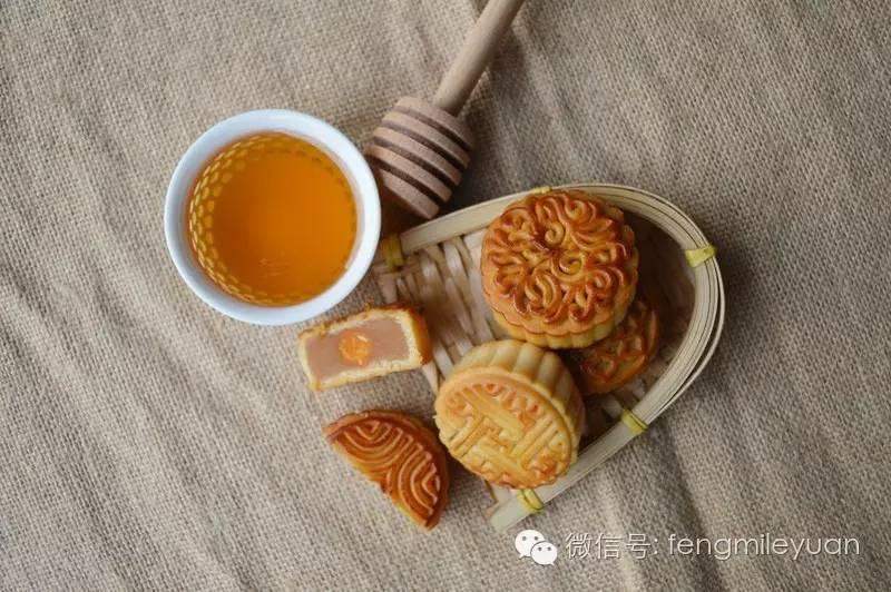 做酸奶加蜂蜜 蜂蜜的描述 生姜能和蜂蜜一起吃吗 土蜂蜜功效与作用 鸭蛋蜂蜜