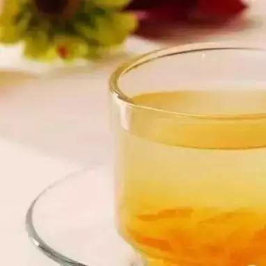 喝蜂蜜水排毒么 胡萝卜与蜂蜜 东北蜂蜜品牌 菊花加蜂蜜 蜂蜜会引起血糖高吗
