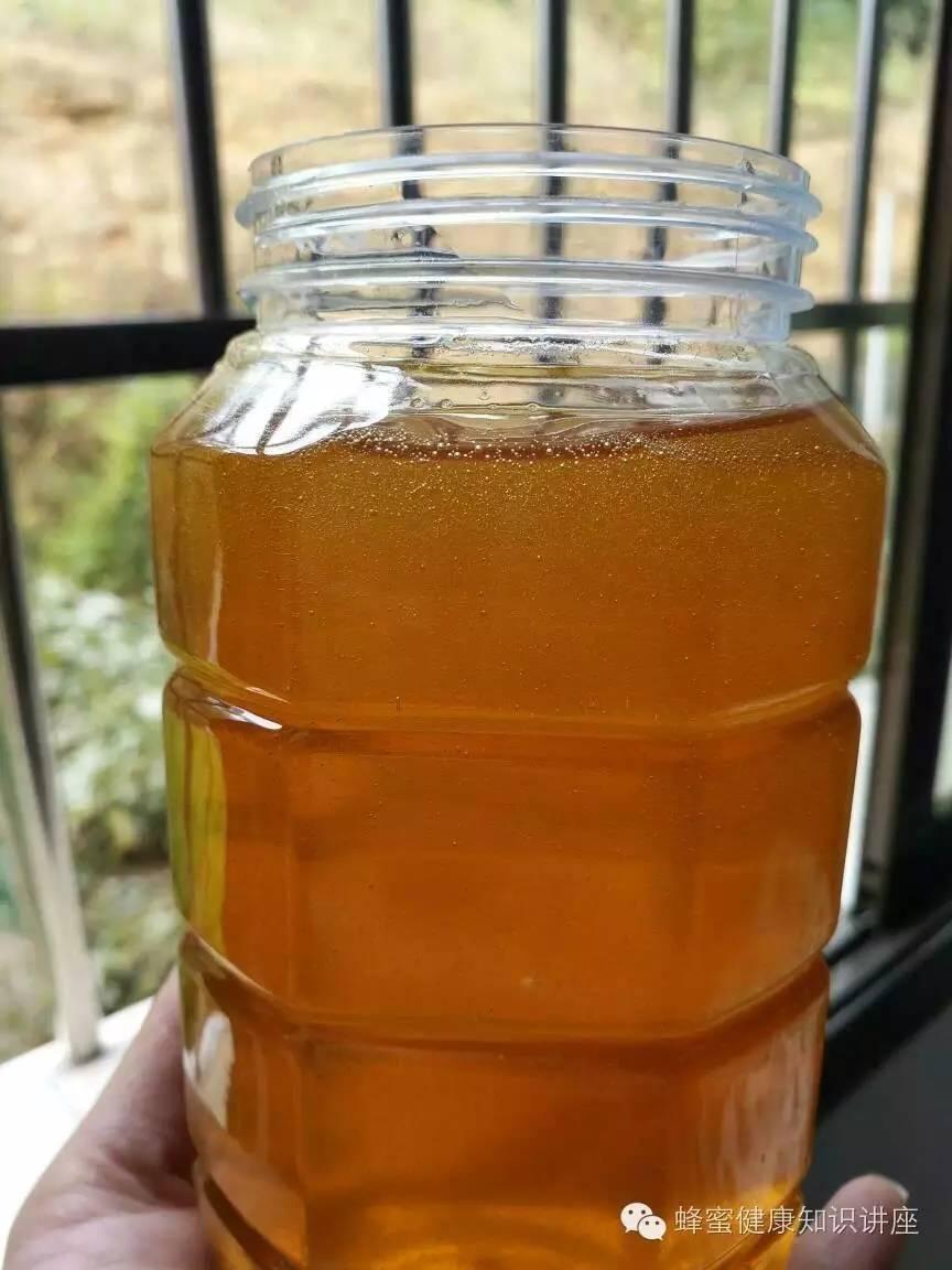 彩虹蜂蜜面膜使用方法 红豆汤加蜂蜜 孕期能喝蜂蜜水吗 有毒蜂蜜 肉桂和蜂蜜小孩能吃吗