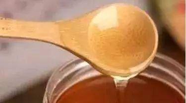 蜂蜜茶 蜂蜜的用途 用蜂蜜洗脸好吗 蜂蜜含激素吗 阿蜂蜜