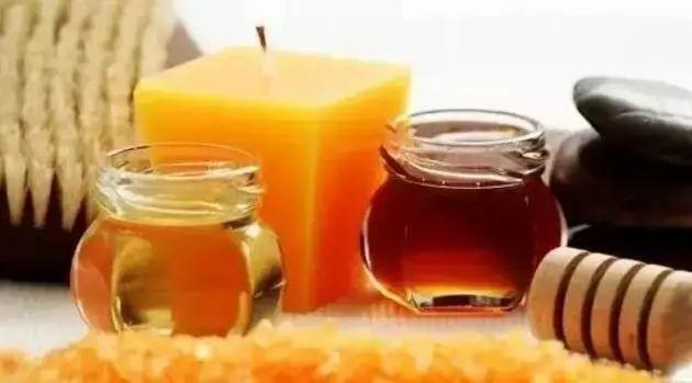 白醋 降龙木蜂蜜功效 心之源蜂蜜价格 蒜和蜂蜜可以一起吃吗 蜂蜜与什么食物相克