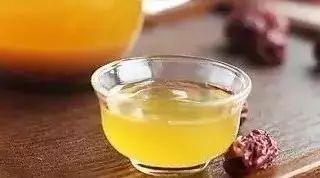 惠生堂蜂蜜 蜂蜜水吃几杯好一天 秋梨膏和蜂蜜哪个好 梵谷蜂蜜的价格 金德福蜂蜜老梅丹