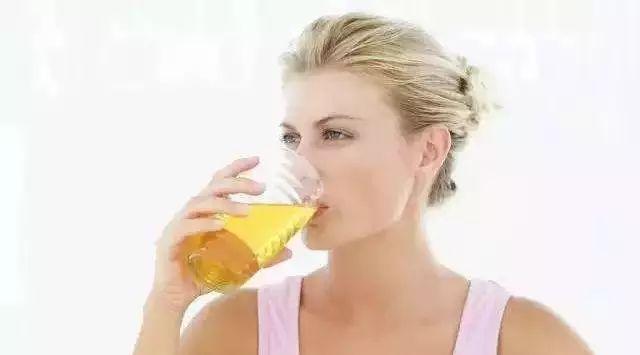 蜂蜜催眠 蜂蜜水多喝 火葱加蜂蜜 油桃与蜂蜜 蜂蜜治过敏吗