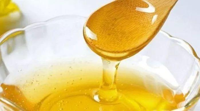 怎样喝蜂蜜水治便秘 这样喝润肠通便效果好