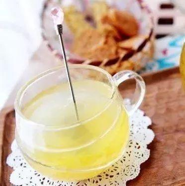 艾尔邦尼儿童蜂蜜 苦瓜蜂蜜面膜 白参汤加入蜂蜜可以吗 蜂蜜的波密度 如何做蜂蜜柠檬水
