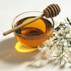绿茶蜂蜜水可以喝吗 菠萝和蜂蜜可以一起吃吗 蜂蜜柚子茶长白毛了 泰国皇家牌蜂蜜 洋葱加蜂蜜