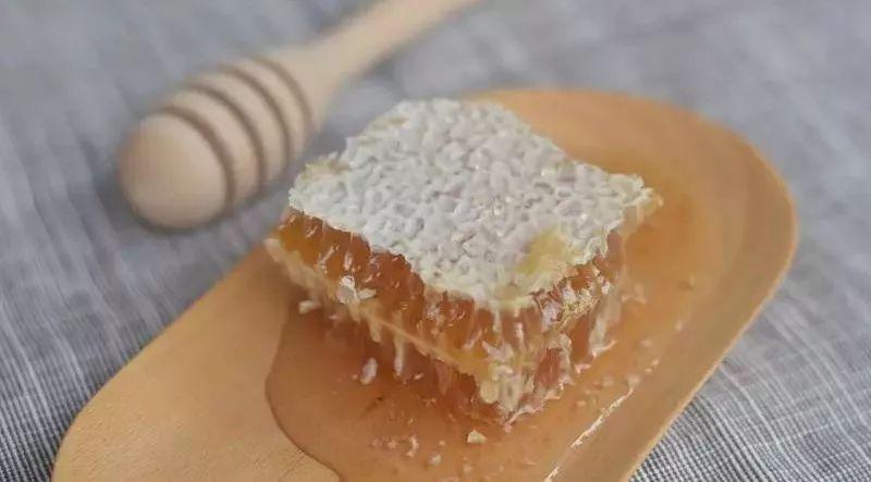 蜂蜜减肥吗 子宫切除蜂蜜 蜂蜜温水还是冷水 柠檬蜂蜜水喝的时间 蜂蜜包装礼盒