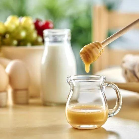 蜂蜜过期怎么办 dnf蜂蜜怎么得到 蜂蜜水美容吗 蜂蜜为什么起泡 喝蜂蜜的最佳时间