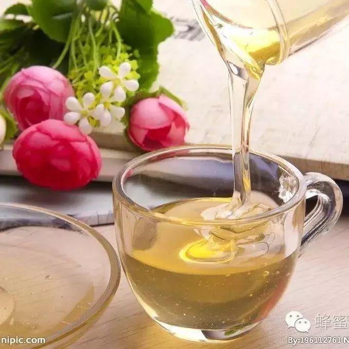 姜和蜂蜜一起喝美容吗 麦卢卡蜂蜜活性 什么是洋槐蜂蜜 来月经可以喝枸杞蜂蜜吗 蜂蜜加豆腐